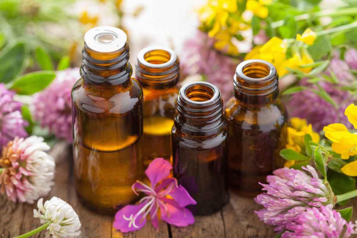 Découverte des huiles essentielles et gestes d'urgence