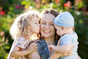 huiles-essentielles-regles-cycle-menstruations-menopause